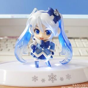 Snow Miku Nendoroid 2012